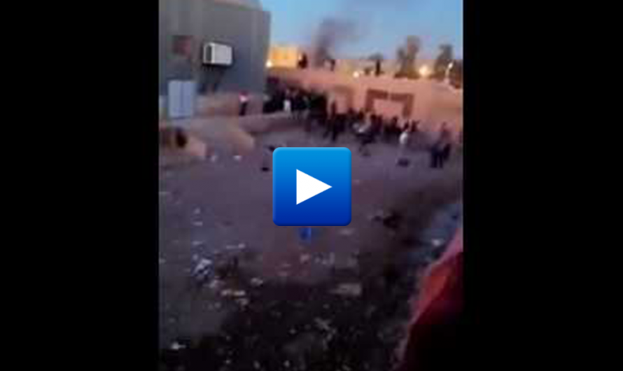 Watch: Algerian migrants burn the refugee camp in France