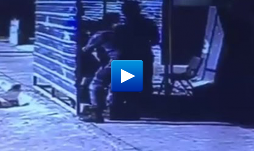 The moment an ISIS Suicide bomber caught at Iraqi fedreal police checkpoint