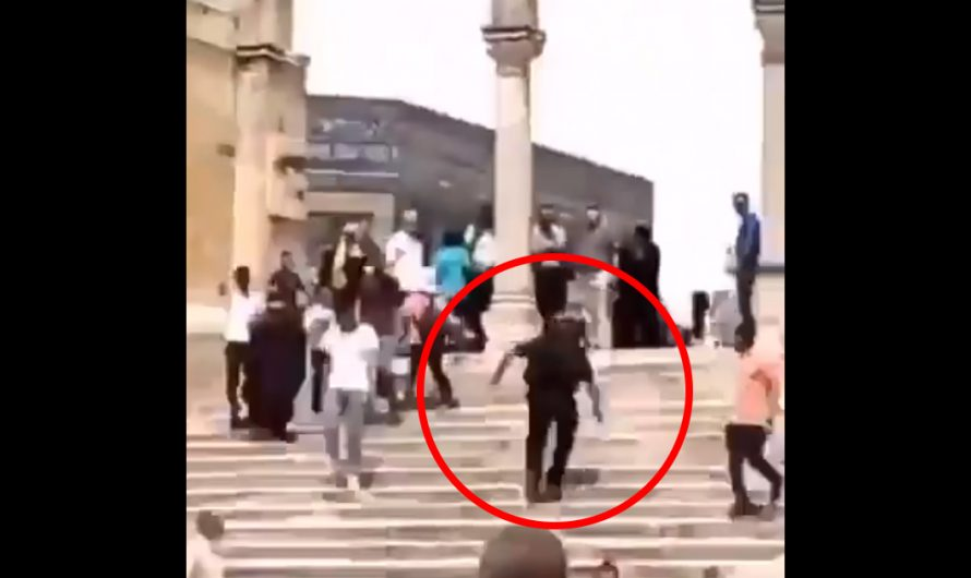 OUTRAGEOUS: Palestinian pushes Israeli police officer on Temple Mount
